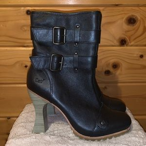 CAT Work Heeled Boots New 9 ❤️❤️